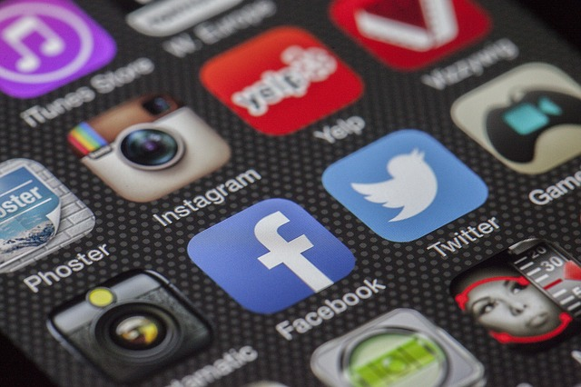 10 Fatal Social-Media Mistakes No Marketer Can Afford to Make