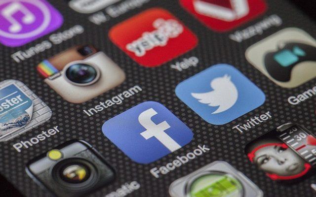 social media use,